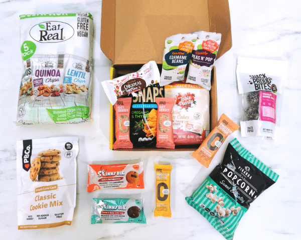 What's inside the box in Snack Proud's Family Box